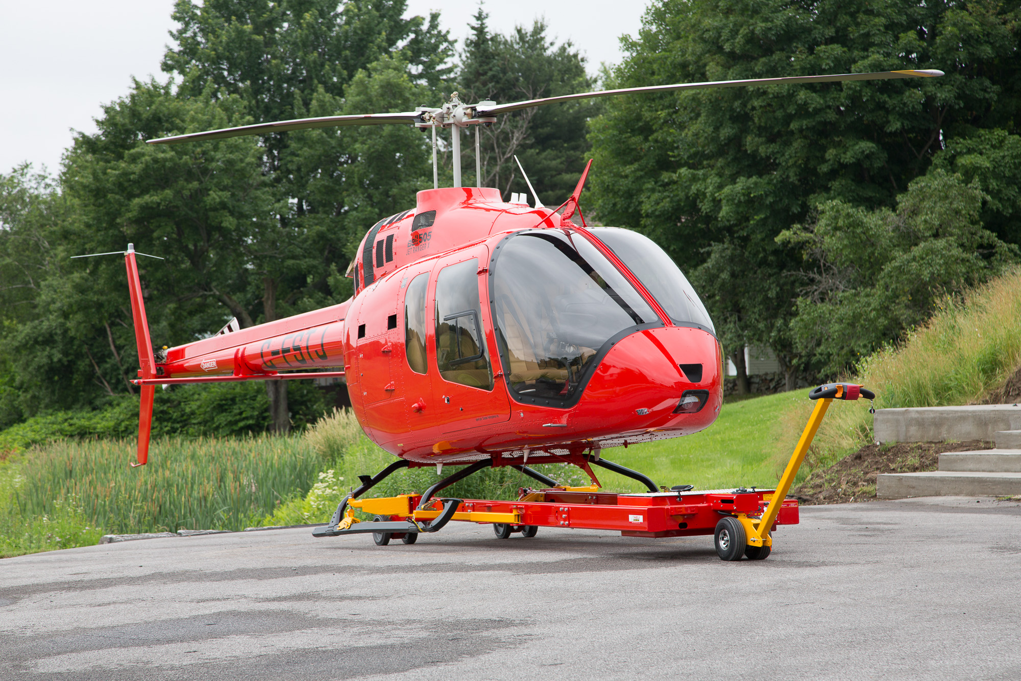 V910 Tow Tractor for Bell 505 JetRanger X